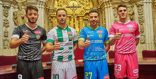 Presentadas las nuevas camisetas del Córdoba Patrimonio de la Humanidad