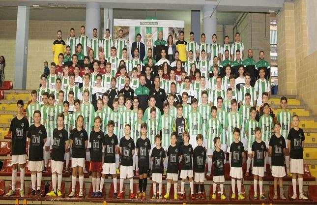 La base del Córdoba Futsal echa a andar