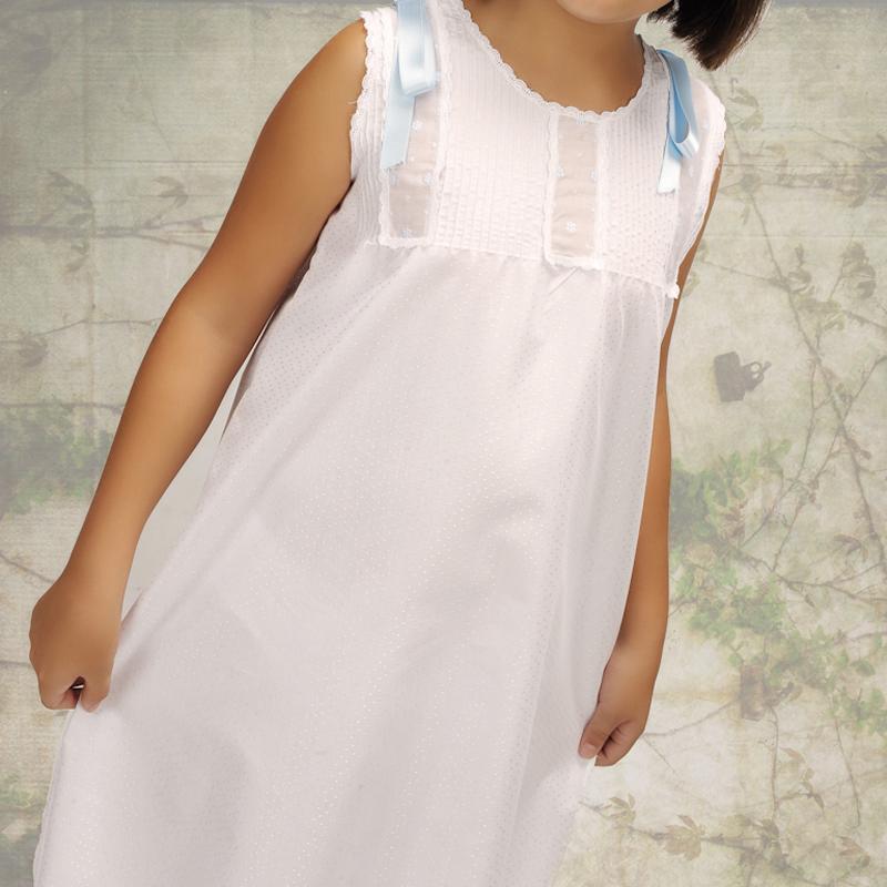 Camisón infantil corto blanco. Modelo Donal