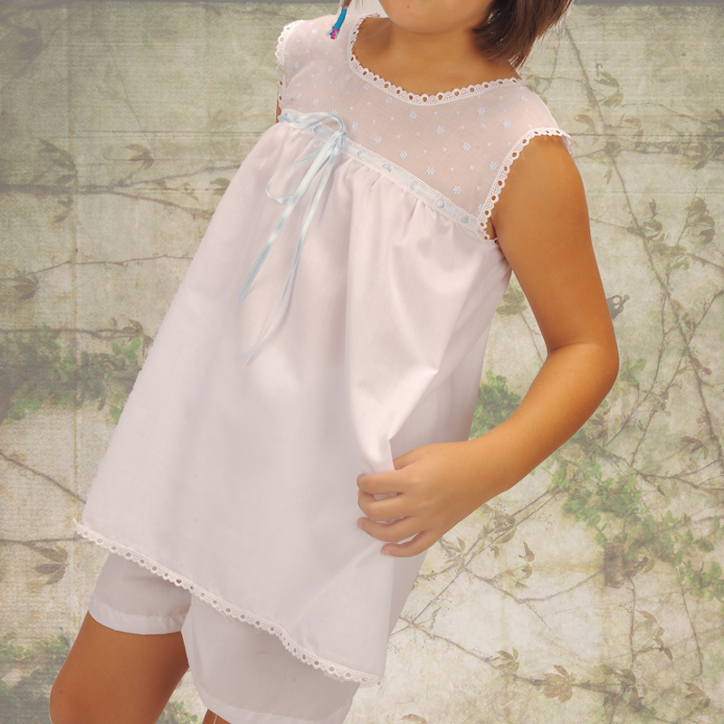 Pijama de niña blanco. Modelo Bella