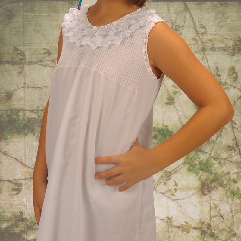 Camisón infantil blanco. Modelo Ariel