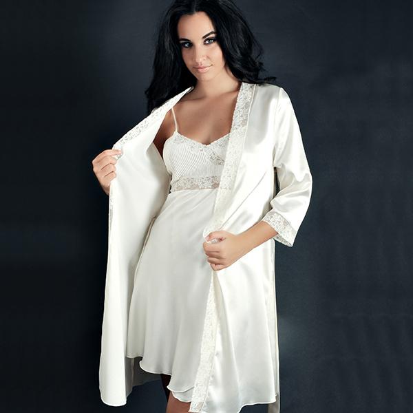Conjunto blanco de novia. Modelo Aroha