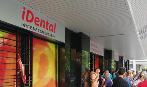 Resultado de imagen de Sanidad entregará las historias clínicas de Idental durante el mes de octubre